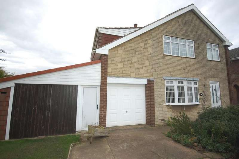 3 Bedrooms Detached House for sale in Main Street, Gowdall