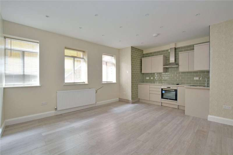 2 Bedrooms Flat for sale in Summerhill Villas, Susan Wood, Chislehurst, BR7