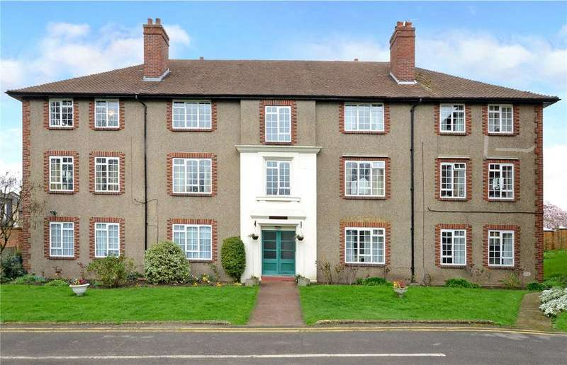2 Bedrooms Flat for sale in Cheam Mansions, Cheam, Surrey, SM3