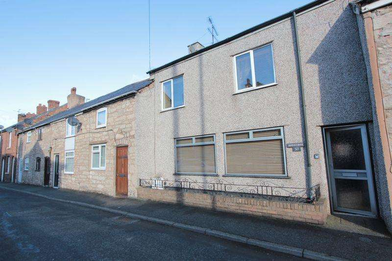 3 Bedrooms Terraced House for sale in Post Office Lane, Denbigh