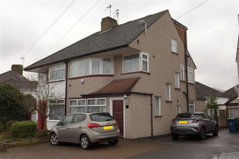 4 Bedrooms Semi Detached House for sale in Curzon Avenue, Stanmore, Middlesex