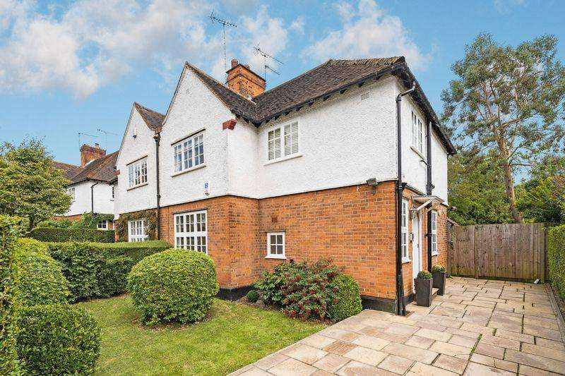 3 Bedrooms Semi Detached House for sale in Brookland Hill, Hampstead Garden Suburb, London NW11
