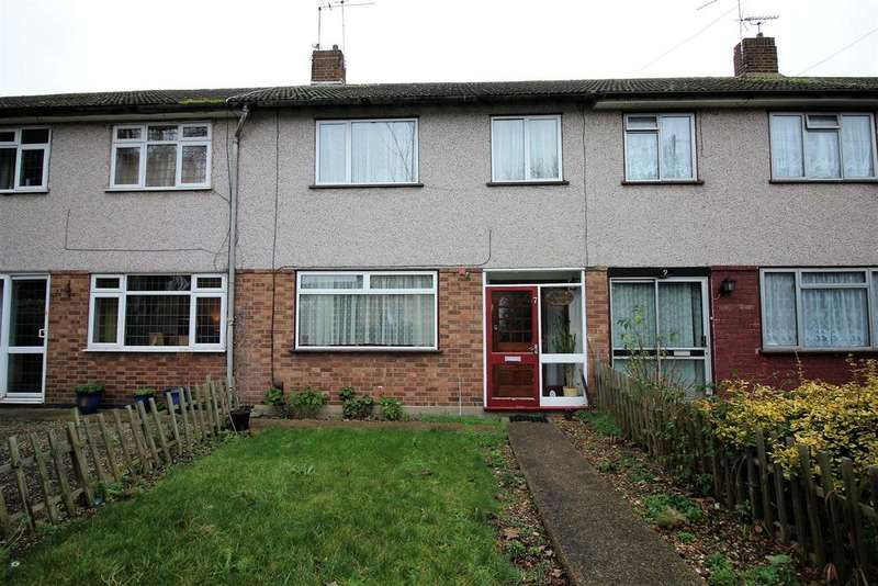 3 Bedrooms Terraced House for sale in Clarkebourne Drive, Little Thurrock, Grays