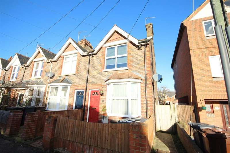 2 Bedrooms Terraced House for sale in Vernon Road, Uckfield
