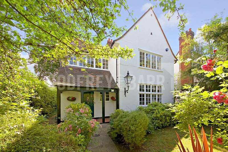 4 Bedrooms Detached House for sale in Bigwood Road, Hampstead Garden Suburb