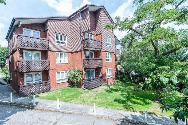 1 Bedroom Flat for sale in Cedar Close, West Dulwich