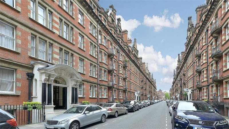 3 Bedrooms Flat for sale in Clarence Gate Gardens,, Glentworth Street, London
