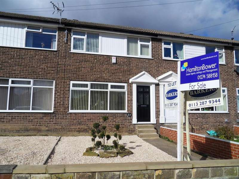 3 Bedrooms Terraced House for sale in Moorcroft Drive, Bradford
