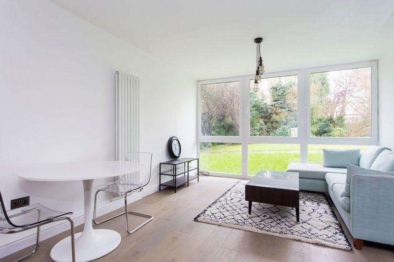 2 Bedrooms Apartment Flat for sale in Coolhurst Road, N8