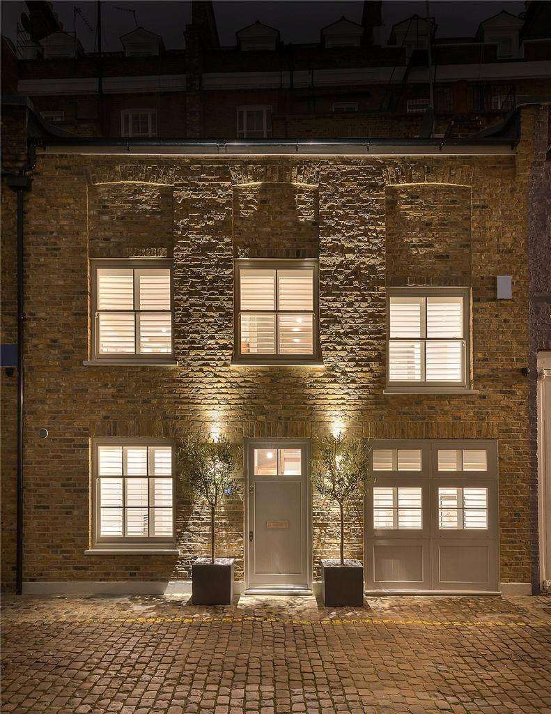 2 Bedrooms Mews House for sale in Ensor Mews, London, SW7