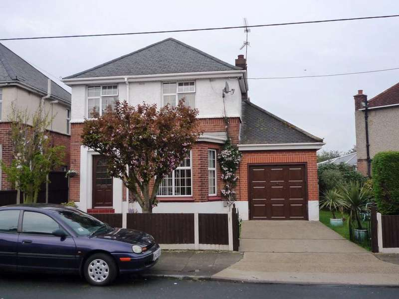 3 Bedrooms Detached House for rent in Kingston Crescent, CHELMSFORD, Essex