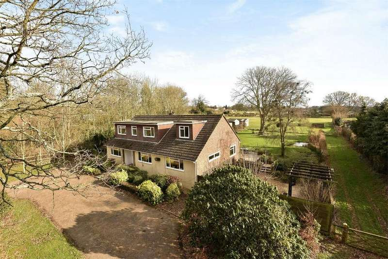 6 Bedrooms Detached House for sale in Four Marks, Alton, Hampshire