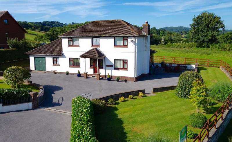 4 Bedrooms Detached House for sale in Ffairfach, Llandeilo