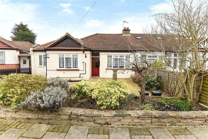 3 Bedrooms Semi Detached Bungalow for sale in Athol Close, Pinner, HA5