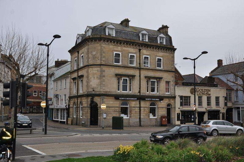 2 Bedrooms Apartment Flat for rent in The Square, Barnstaple