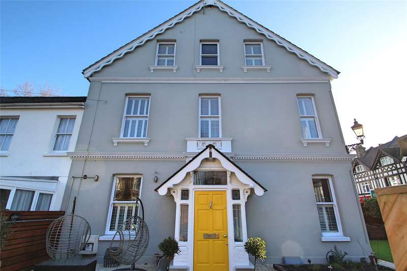 4 Bedrooms House for sale in Byron Road, Worthing, West Sussex, BN11