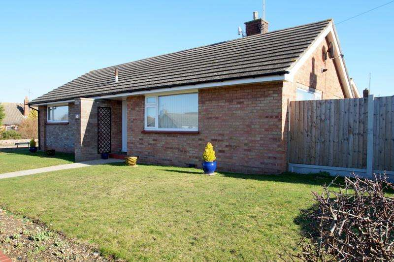 3 Bedrooms Bungalow for sale in EAST CLACTON