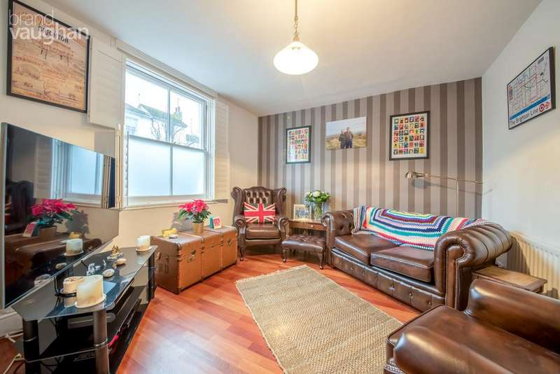 2 Bedrooms Terraced House for sale in North Gardens, Brighton, BN1