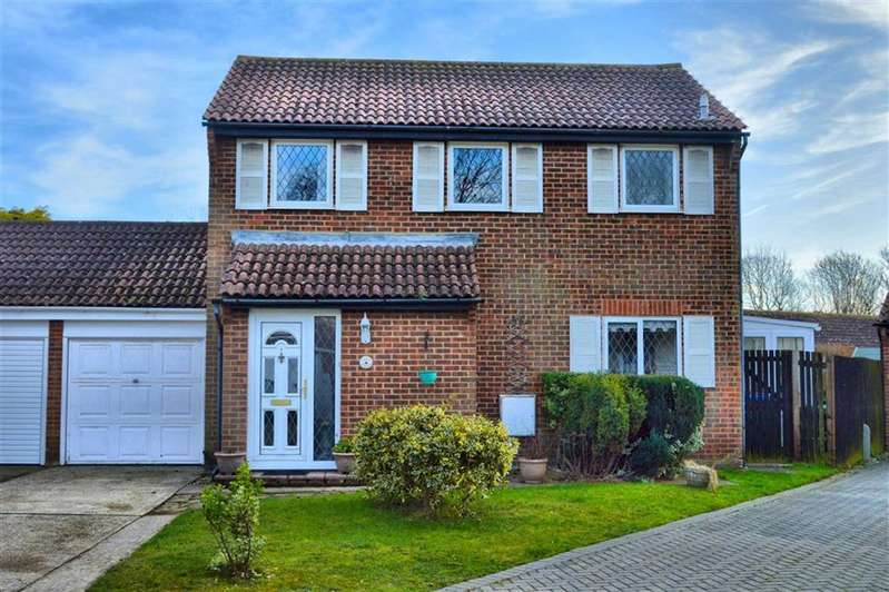3 Bedrooms Link Detached House for sale in Harrow Close, Seaford, East Sussex