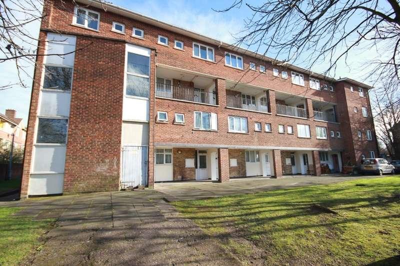 3 Bedrooms Flat for rent in Rupert Street, Nechells, B7