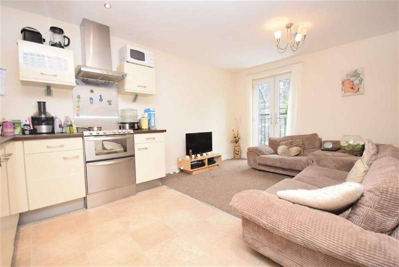 2 Bedrooms Apartment Flat for sale in The Arches, Colne, Lancashire