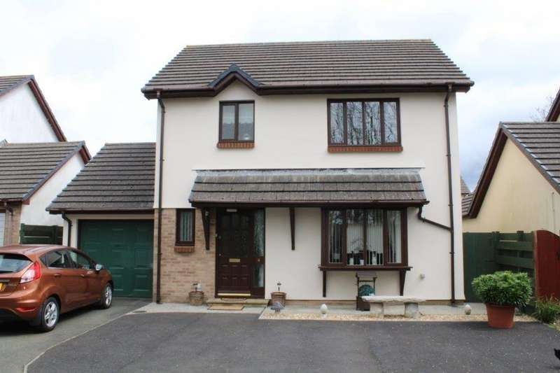 3 Bedrooms Detached House for sale in Hermitage Grove, Haverfordwest