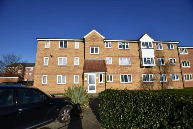 1 Bedroom Flat for sale in Redford Close, Feltham