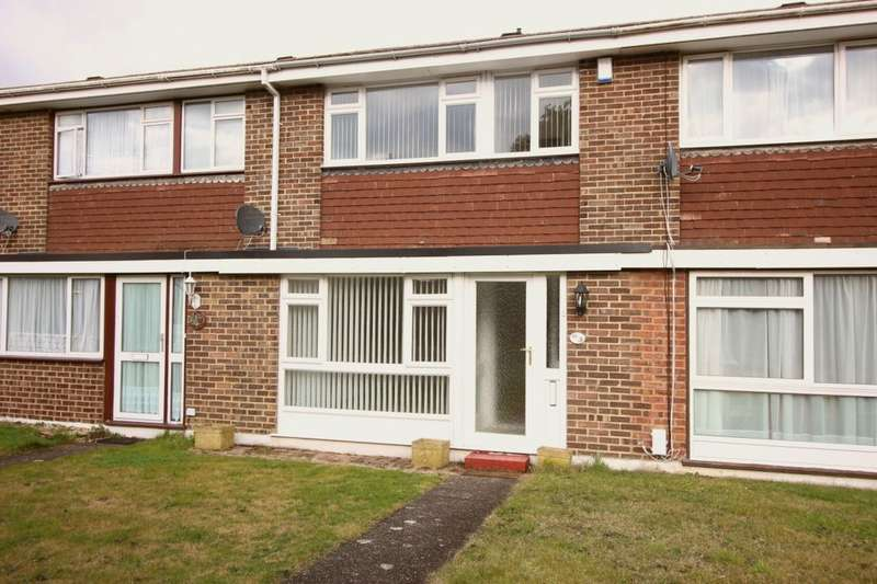 3 Bedrooms Property for rent in Wellbrook Road, Orpington, BR6