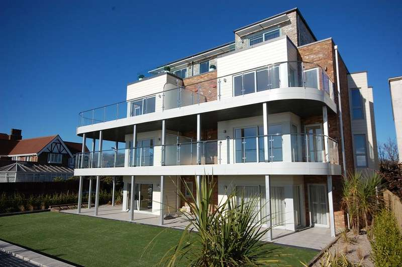2 Bedrooms Ground Flat for sale in Boscombe Overcliff Drive, Bournemouth BH5
