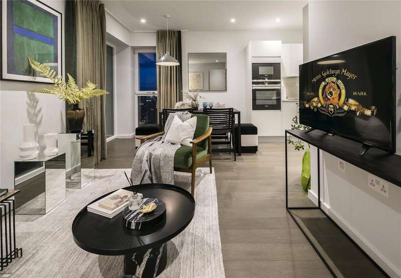 2 Bedrooms Flat for sale in E20, XY Apartments, Maiden Lane, London, NW1