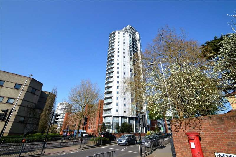 2 Bedrooms Apartment Flat for sale in Altitude Apartments, 9 Altyre Road, Croydon