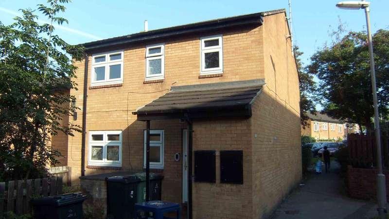 1 Bedroom Flat for sale in Barber Walk, Dewsbury