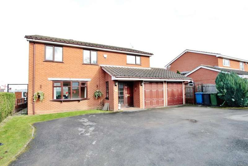 4 Bedrooms Detached House for sale in Dog Lane, Amington