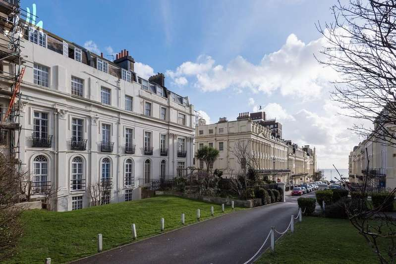 1 Bedroom Flat for sale in 3-4 SIllwood Place, Brighton BN1