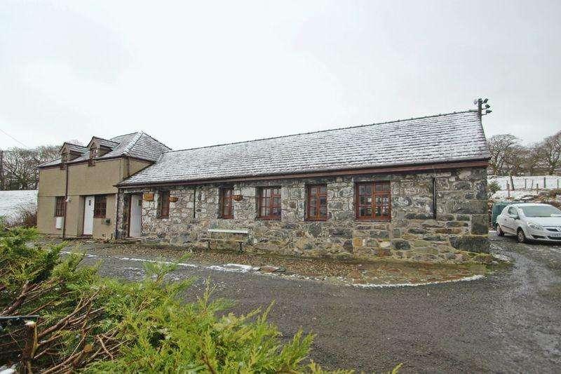 3 Bedrooms Detached Bungalow for rent in Llanberis