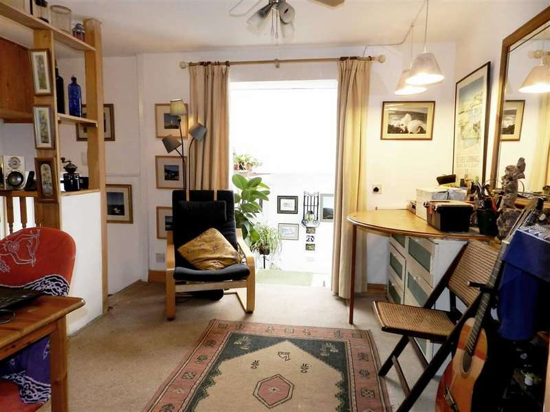 1 Bedroom Flat for sale in Trenwith Place, St Ives