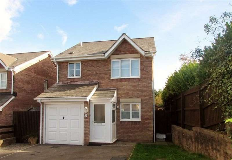 3 Bedrooms House for rent in Llys Pentre, Broadlands, Bridgend, CF31 5DY