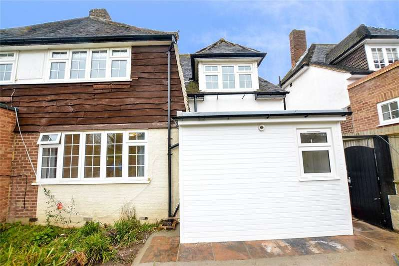 Studio Flat for rent in Kingsfield Road, Watford, Hertfordshire, WD19