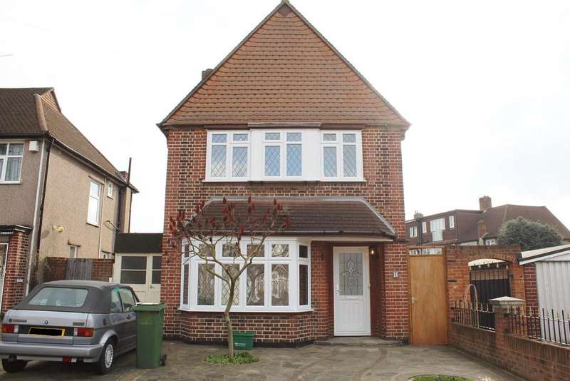 3 Bedrooms Detached House for sale in Daneswood Avenue, London