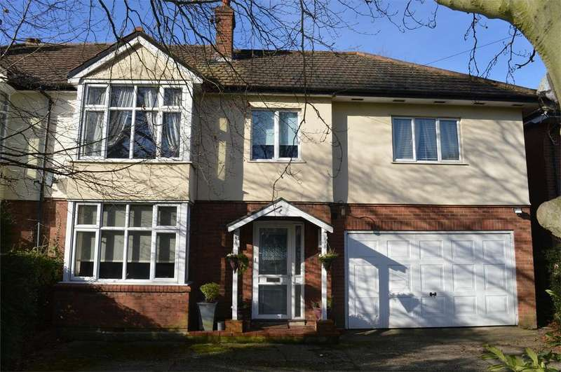 4 Bedrooms Semi Detached House for sale in 199 Stansted Road, Bishop's Stortford