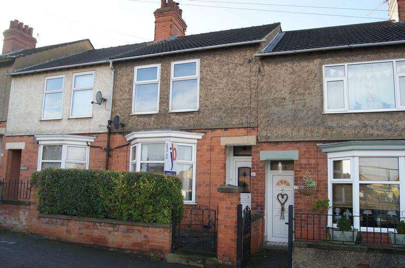4 Bedrooms Terraced House for sale in Huntingtower Road, Grantham
