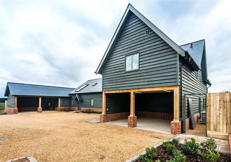 4 Bedrooms House for sale in The Grain Store, Swan Court, Middle Watch, Swavesey, Cambridge, CB24