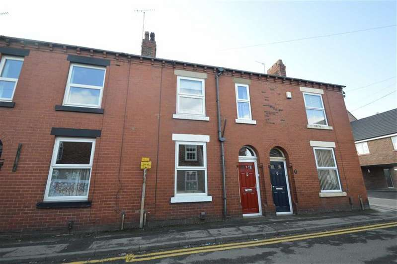 3 Bedrooms Terraced House for sale in Nelson Street, Macclesfield