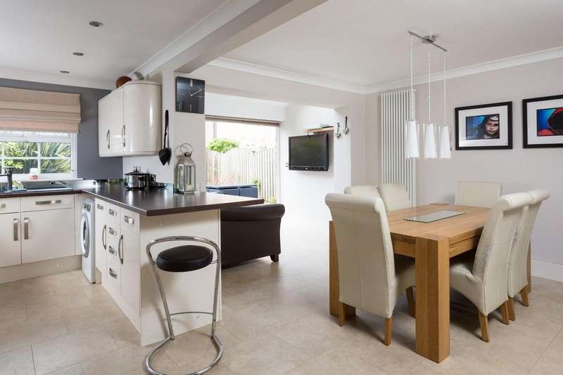 4 Bedrooms House for sale in Monarch Way, Sovereign Park, York