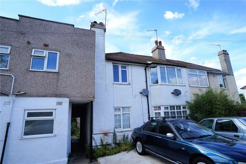 2 Bedrooms Maisonette Flat for sale in St. Marks Avenue, Northfleet, Gravesend, Kent, DA11