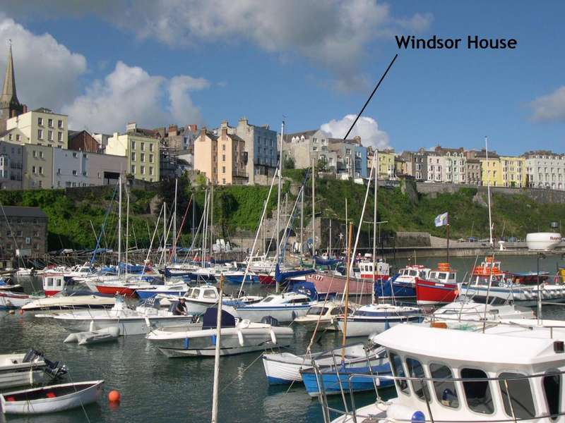 9 Bedrooms Terraced House for sale in Windsor House, 4, Crackwell Street, Tenby