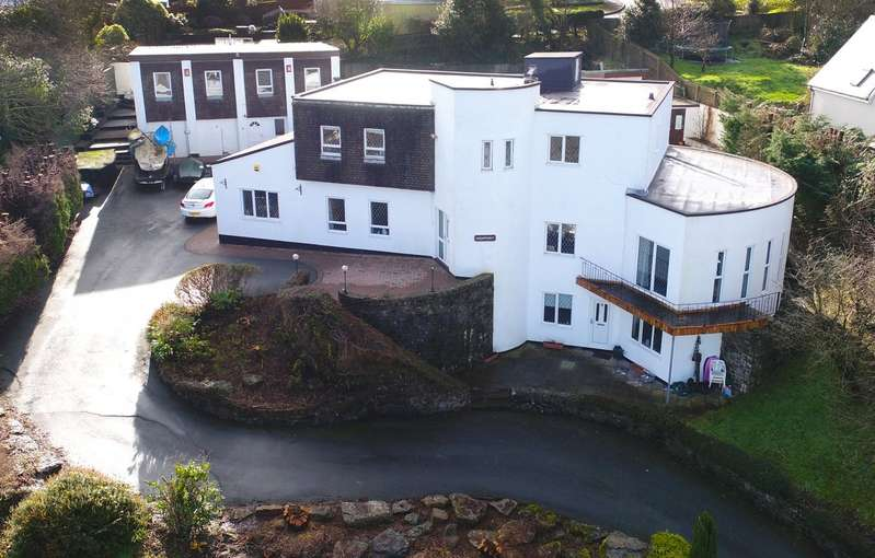 8 Bedrooms Detached House for sale in Highpoint House, Sandy Hill Road, Saundersfoot, Pembrokeshire