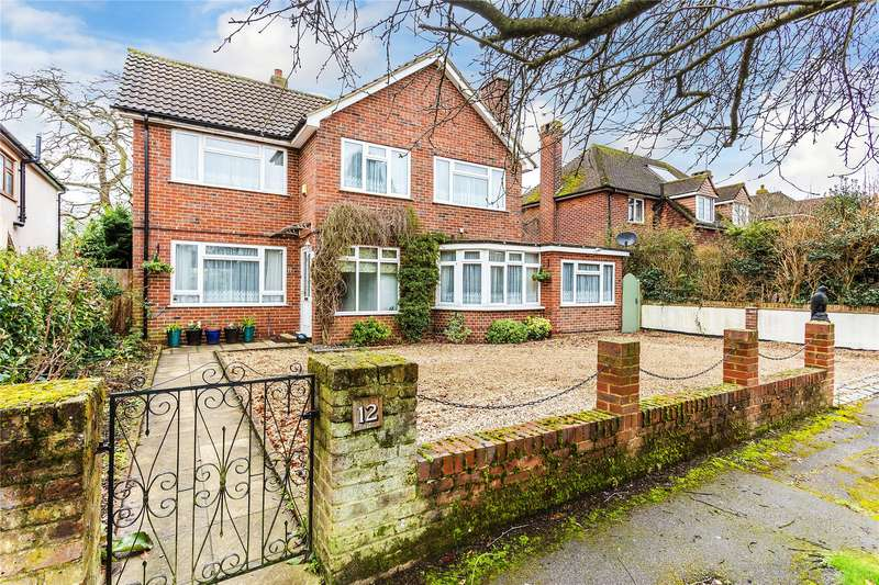 5 Bedrooms Detached House for sale in Greenmeads, Woking, Surrey, GU22