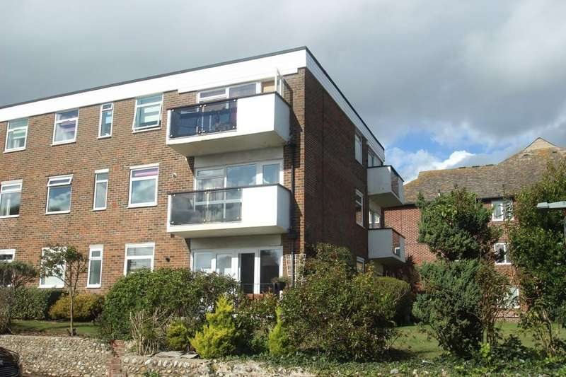 2 Bedrooms Flat for sale in Holmes Lane, Rustington