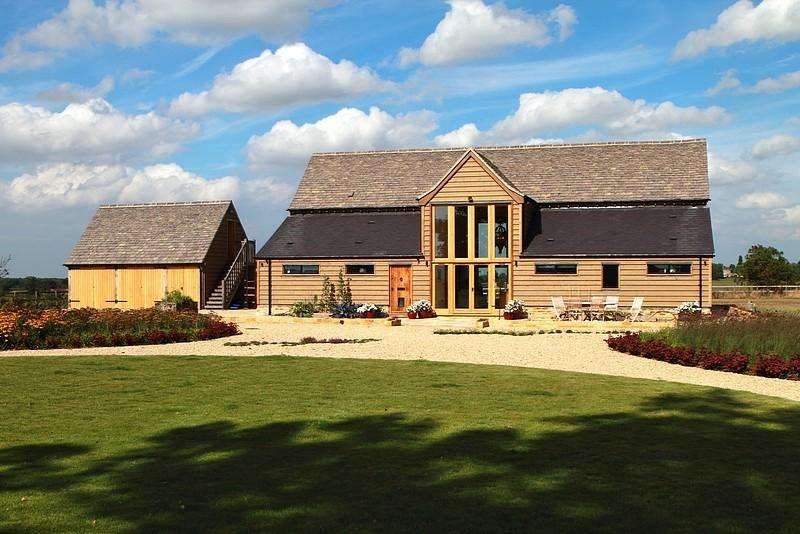 4 Bedrooms House for rent in Chastleton Glebe, Chastleton, Nr Moreton In The Marsh, Gloucestershire, GL56